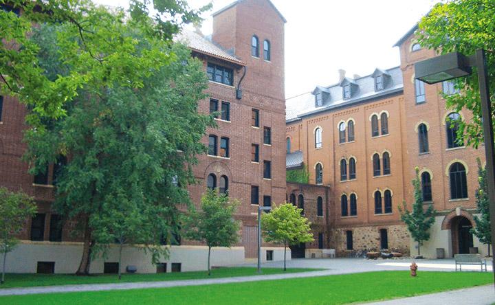 セント・ジョンズ大学