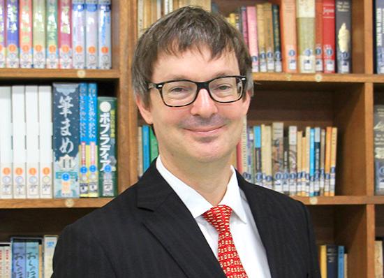 国際バカロレアディプロマプログラム英語(English B)、国際バカロレアディプロマプログラム歴史(IB History)(英語で指導) トーマス・ミッチェル