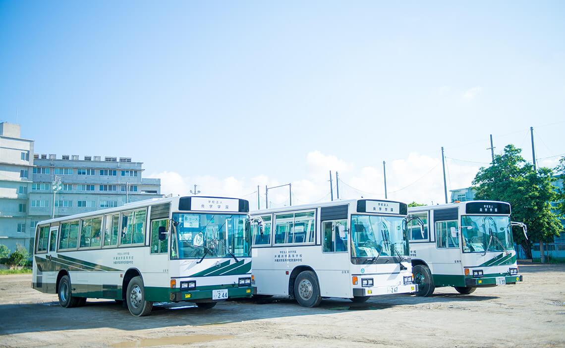 スクールバスの写真